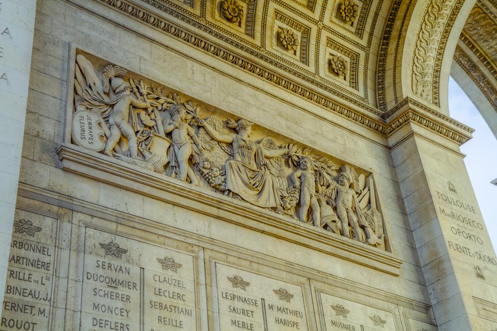 Arc de triomphe, détail bas relief (intérieur pilier nord-est)