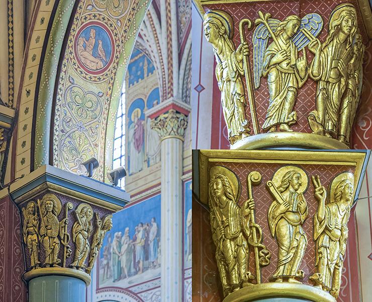 Bas-côté nord, 4ème colonne, flanc ouest, avec le Christ et S