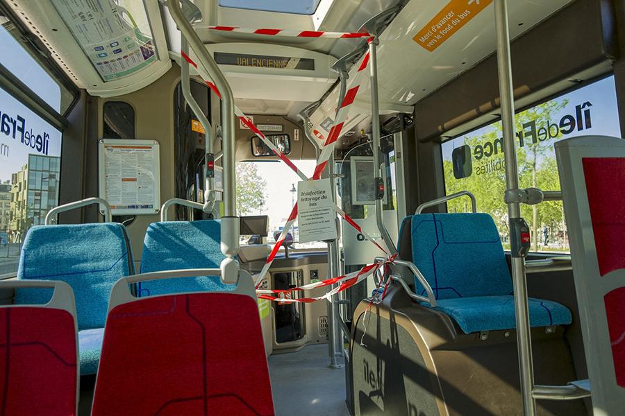 22 avril 2020, 9h43. Désinfection nettoyage du bus. Le poste de