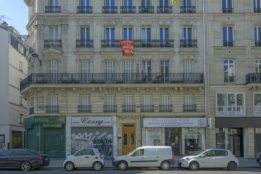 22 avril 2020, 10h36. Rue Réaumur, entre solidarité et revendi