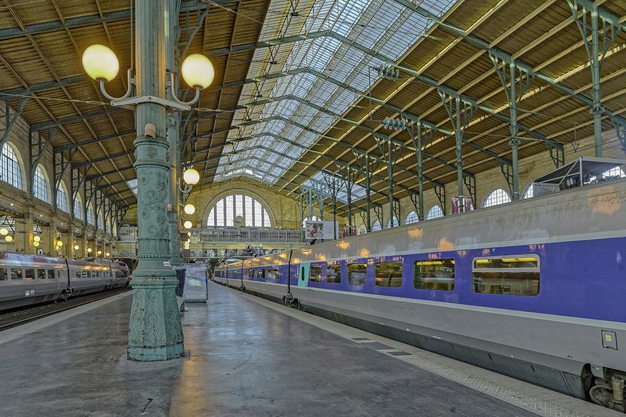Grande verriere, colonne, Gare du Nord 1864 (Hittorff); 75010