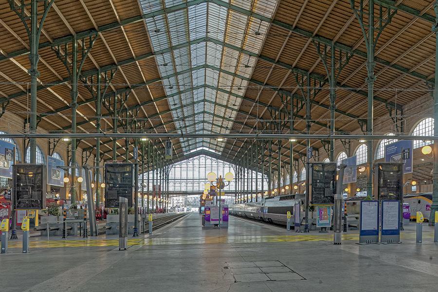 Grande verriere, colonne, Gare du Nord, J-I Hittorff (architecte