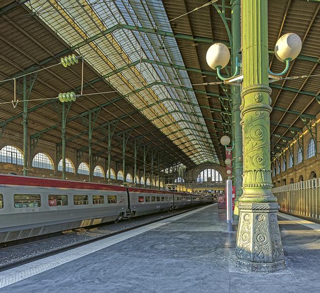 Grande verriere; colonne; Gare du Nord 1864 (Hittorff); 75010