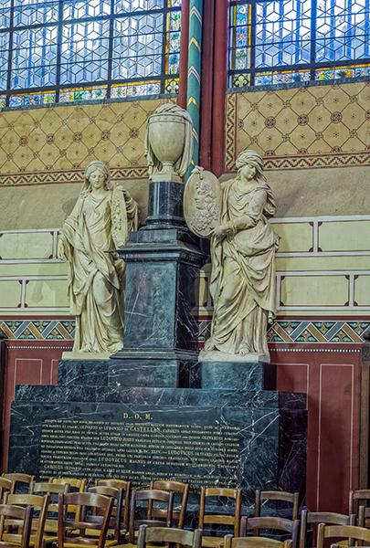 Transept sud, monument pour les frères de Castellan (Fidélité